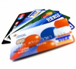 Benefits of using Credit and debit card abroad