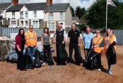 Rail clean-up team gets Energlyn tidy