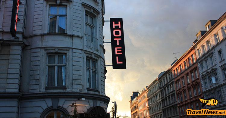 Hotels Going Keyless